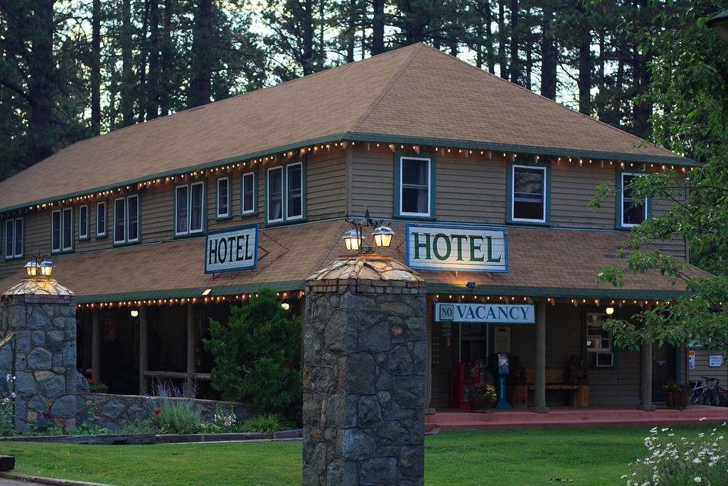 Richardson Hotel