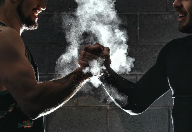 CrossFit vs. Bodybuilding | Mark's Daily Apple