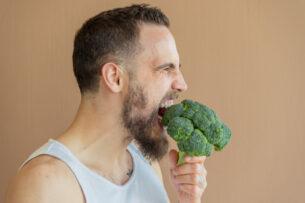 13 Keto-Friendly Fiber Foods