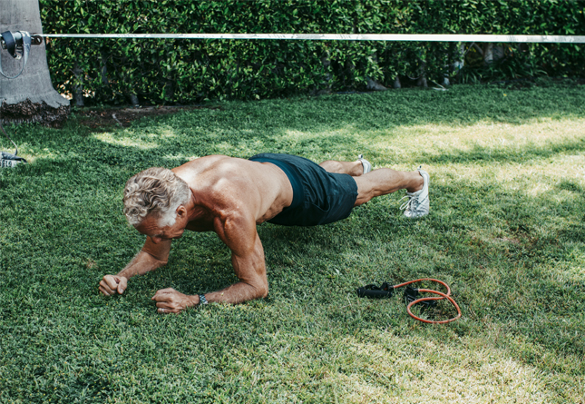 Mark Sisson doing a plank outside