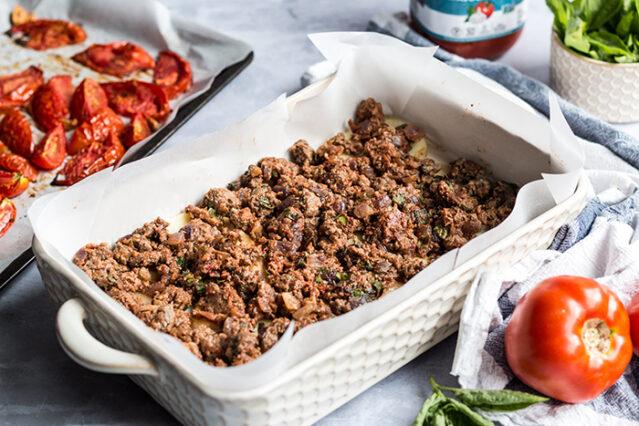 ground beef layer of gluten free lasagna